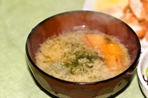 メカブとオクラと麩の味噌汁
